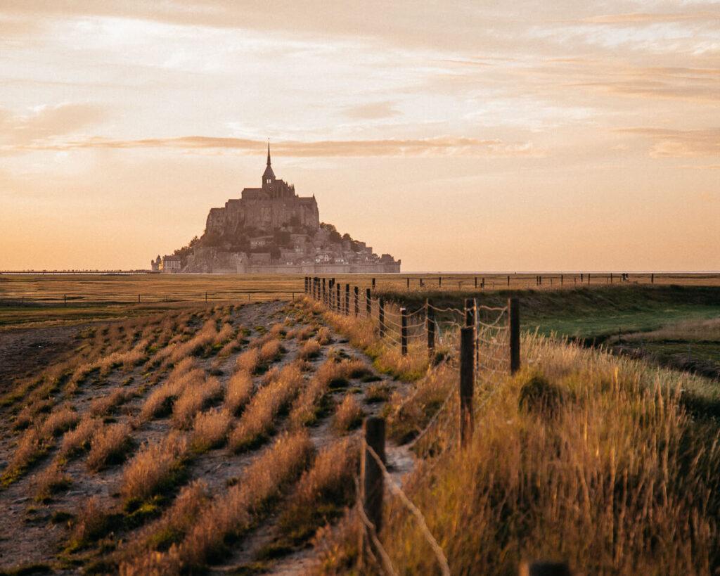 Sonnenuntergang Mont Saint Michel Frankreich